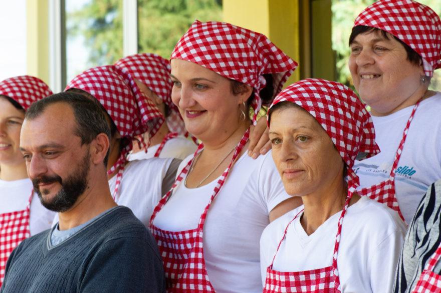 Predrag Stosic und die Arbeiterinnen